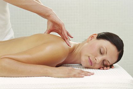 Mobile Massage &  Beauty Therapist in Brentwood Essex & London
